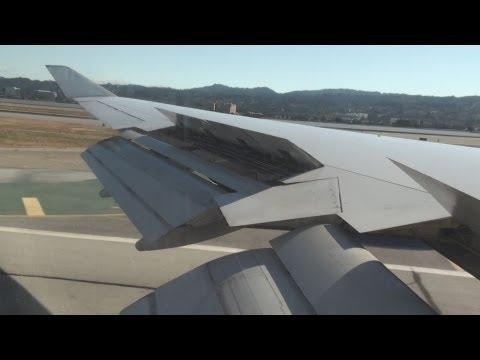 Landing at San Francisco International Airport SFO UNITED Airlines Boeing 747-400 runway 28R
