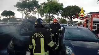 Auto in fiamme nel parcheggio Carrefour di Quartucciu
