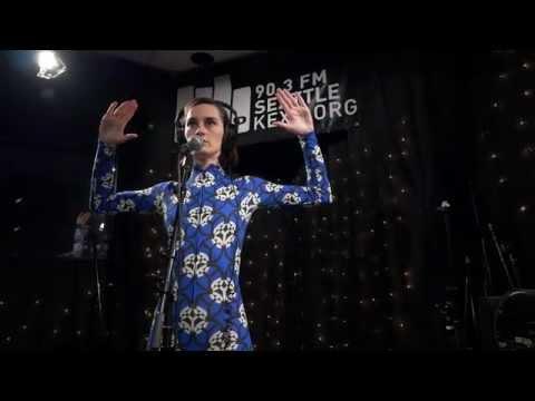 Yelle - Complètement fou (Live @ KEXP, 2015)