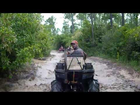 Kick It In The Sticks Soggy Bottom Boyz - Brantley Gilbert video