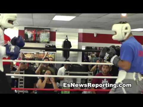 boxing star mikey garcia sparring showing skills - EsNews Boxing
