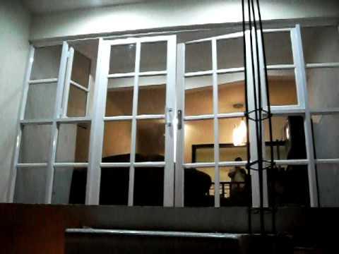 Ventanal hecho en aluminio vidrio espejo youtube for Ventanas de aluminio doble vidrio argentina