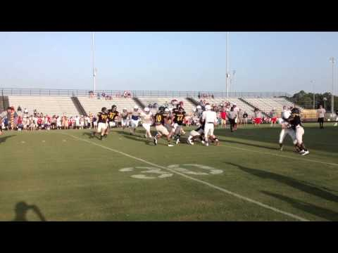 Henderson Lions scrimmage at Nacogdoches High School