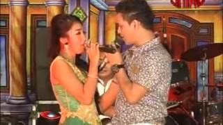 download lagu Satu Hati - Farid Ali Dan Merinda Anjani - gratis
