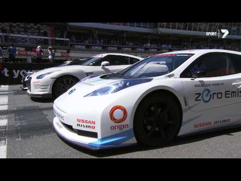 Nissan Time Attack at Clipsal - GT-R vs NISMO LEAF RC vs Nissan Altima V8 Supercar