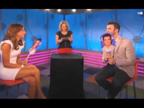 "Kevin and Danielle Jonas play ""He Says, She Says"" - VH1 Morning Buzz"