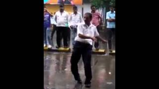 sweety sweety sweety  tera pyar....   watch mumbai style