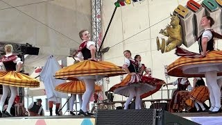 German Folk Dance - Die Thüringer Spinnstube