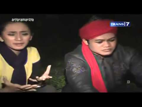 Dua Dunia = Rahasia Makam Panjang [Full Video] 30-08-2013