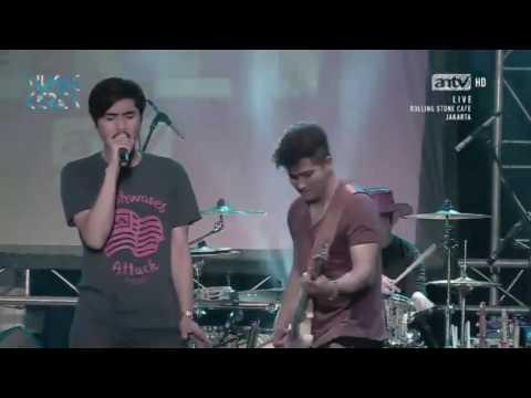 Sheila On 7   Canggung Brian Lupa Masuk Drumnya Live Rolling Stone Cafe Musik Keren ANTV