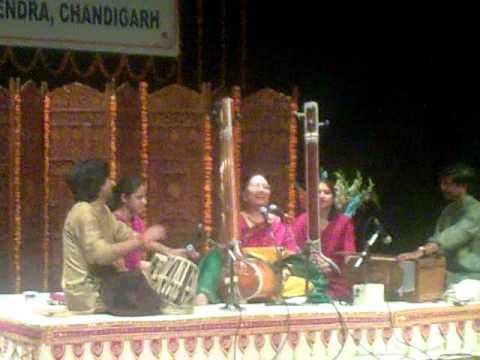 Parveen Sultana live-Hamein tumse pyaar kitna.mp4