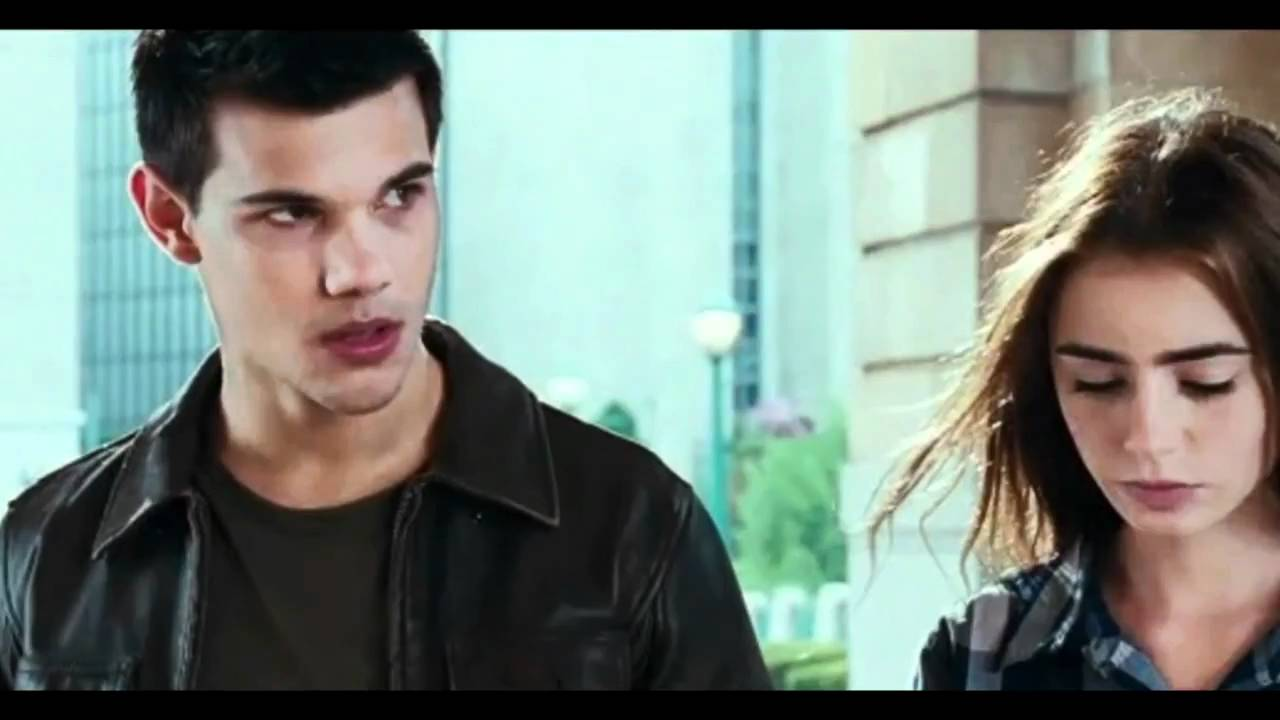 Lily Collins Kids Taylor Lautner / Lily Collins