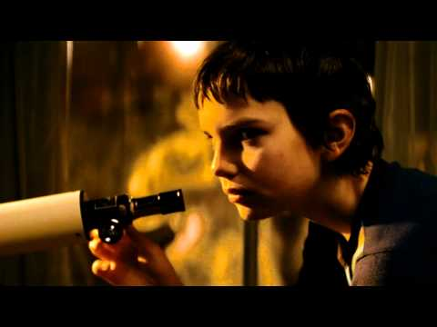LET ME IN Movie Trailer (HD)