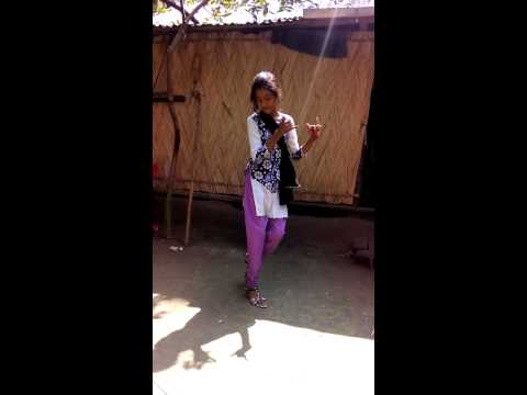 Moyna Cholat Cholat By Masuma video