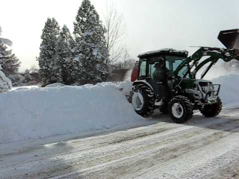 Montana 4340C w/loader and AgroTrend snowblower 01/17/08 -2