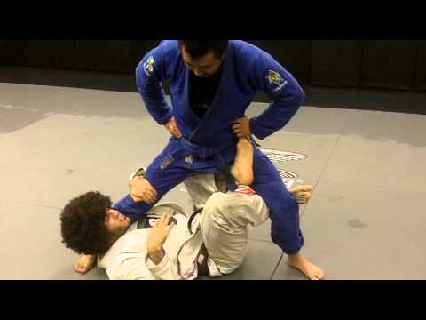Queens MMA technique of the week X-Guard Details Image 1
