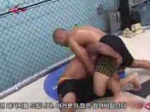 B.J. Penn and Charuto grappling Image 1