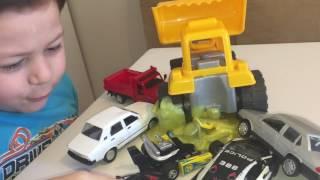 Slime çamuruna saplanan oyuncak arabalar | Keremin eğlenceli slime videoları |ABC KEREM