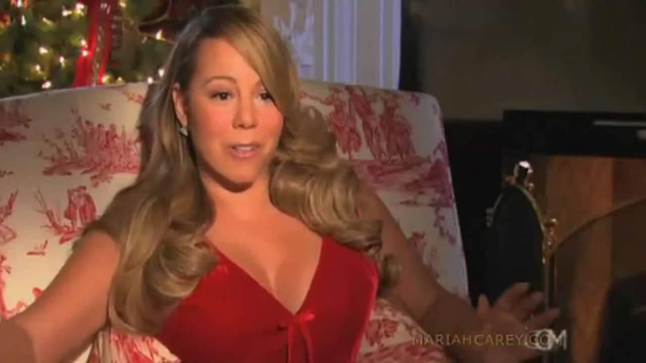 Mariah Carey wishes a ... Mariah Carey Merry Christmas Youtube