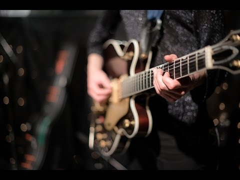 Temples - A Question Isn't Answered (Live @ KEXP, 2014)