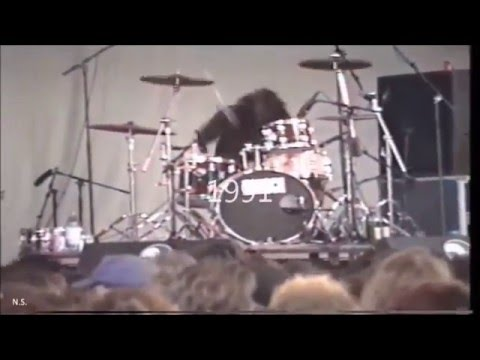Dave Grohl 1985  - 2015  (Drummer moment)