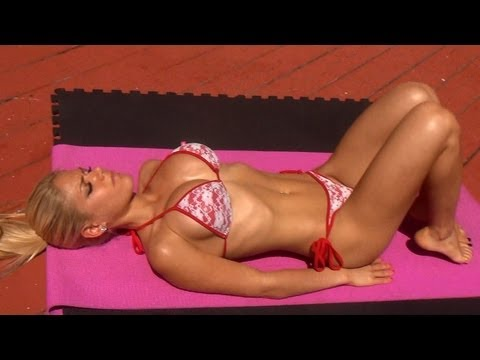 Hot Girl's Sexy Bikini Ab Workout!!! Try it!