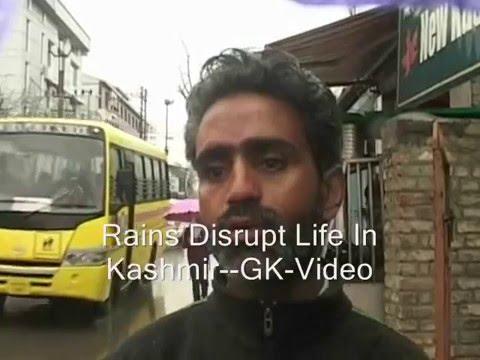 Rains, Snow Disrupt Life In Kashmir