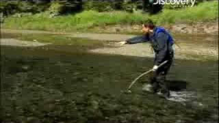 Man vs. Wild - Alaska Fishing Salmon