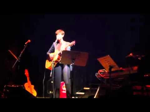 Andrea Mirò – Hymn a l'amour