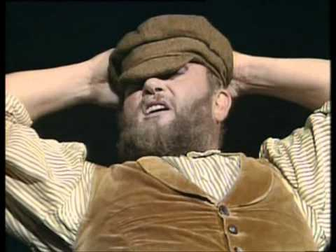 Fiddler On The Roof - Ivan Rebroff (If I Were A Rich Man & To Life)