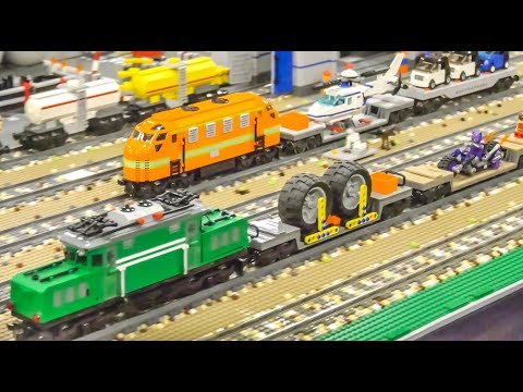 LEGO Train ACTION! Attractions! Buildings! Long LEGO Trains!