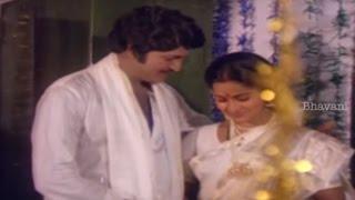 Mohan Babu And Radhika First Night Scene || Srimathi Kavali Movie Scenes