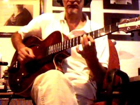 Eastman John Pisano -II-VI lesson-ampli Evans