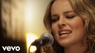 Bridgit Mendler - 5:15 (VEVO LIFT Presents)