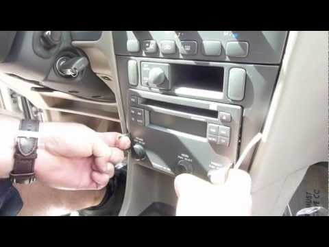 Install Volvo V40 S40 Radio and A/C Module