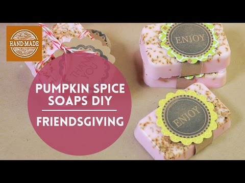 Pumpkin Spice Soap DIY / HGTV Friendsgiving | Friedia