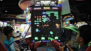 Let's Play Space Invaders Frenzy 2017 New Arcade Game Release