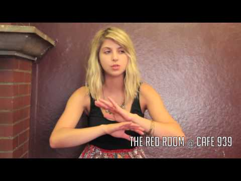Artist interview with Mikaela Davis at The Red Room @ Cafe 939