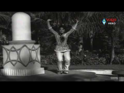 Dhanama Daivama Telugu Movie Songs - Yemito Idhi - Chandramohan, Nirmala video