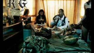 Watch Snoop Dogg A Bitch I Knew video
