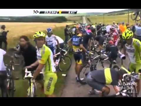 Tour De France 2012 Frank Schlek and Oscar Freire crash out   Lance Armstrong snippet
