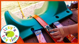 Cars for Kids! Hot Wheels NEW CHALLENGE ACCEPTED BOX! Outside Playground Pretend Play!