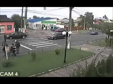 John Kerry's bike accident on cam