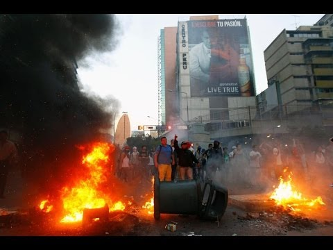Caracas chaos video: Gunfire, clashes as 3 dead in violent Venezuela protests