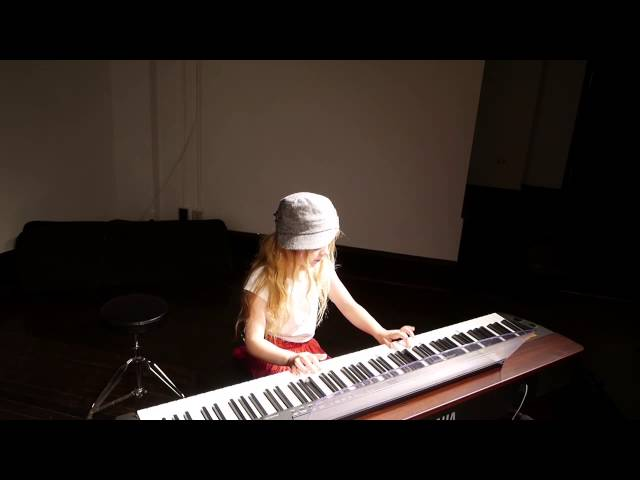 Chloe (8) plays Sonatina and French Lullaby at Spring Recital 2014