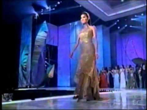 Justine Pasek ( Panama ), Miss Universe 2002 - Farewell Walk