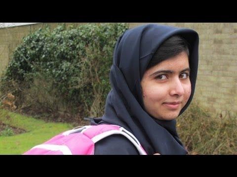 Primo giorno di scuola per Malala, ragazza pakistana aggredita da taleban