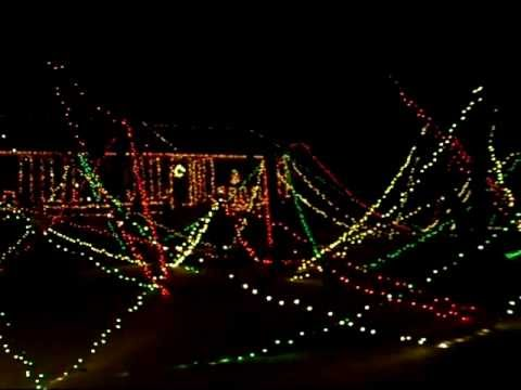 Christmas 2010- Disney&#8217;s Reflection of the Earth- Illuminations