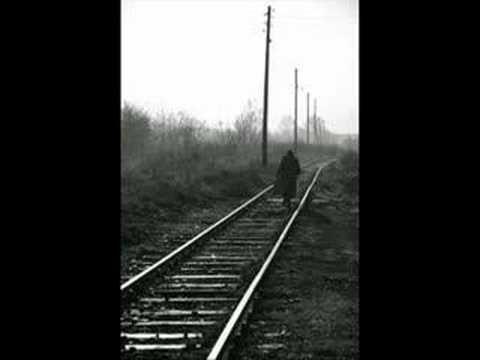 Ve bir Tren gider.. içten  bir şiir
