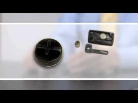 Ремонт ключа и замена батарейки в ключе Citroen, Peugeot